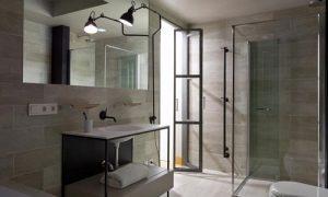 Voorbeelden van industriële badkamers