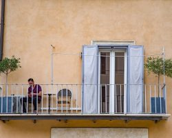 Houten balkon vlonder bouwen