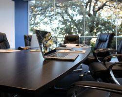 Gebruik van licht en kleur op kantoor