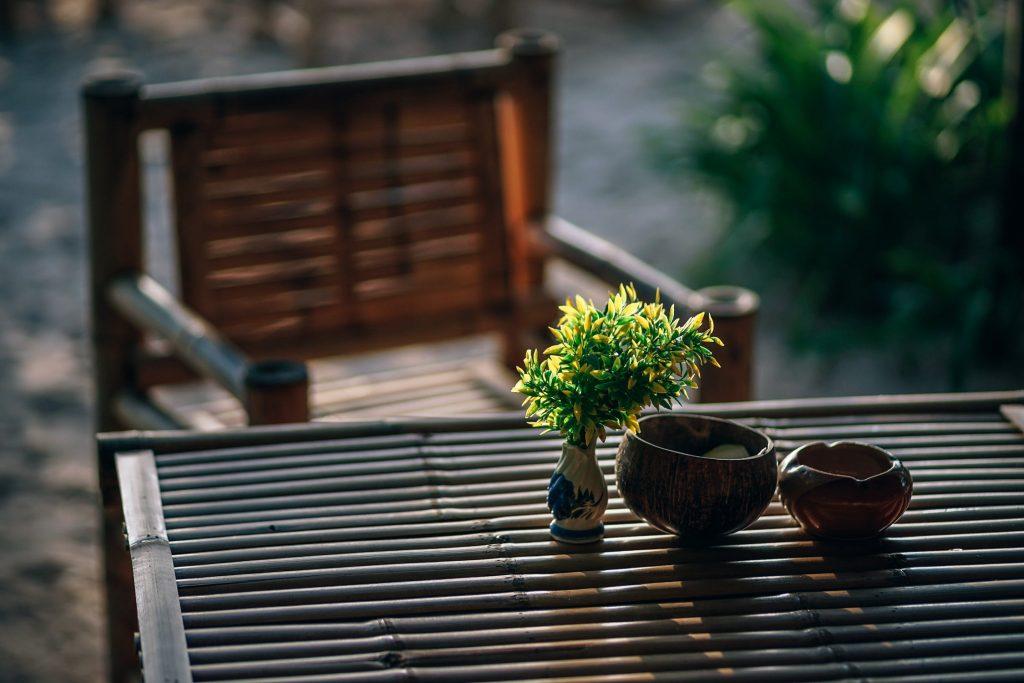 achtertuin klaar voor de zomer