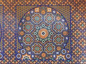 Kleurrijke tegels in je woonkamer