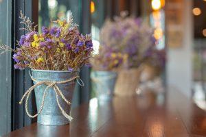Zelf bloemen drogen: 5 makkelijke manieren