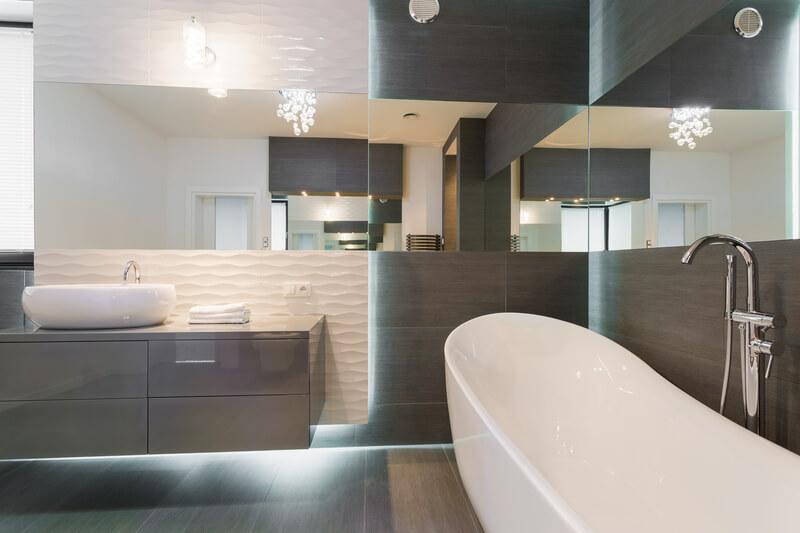 kleine-badkamer-groter-laten-lijken